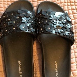 Lane Bryant black sandals
